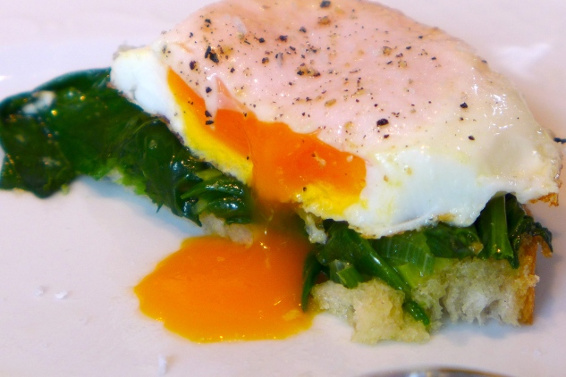 Eggs on spinach and toast